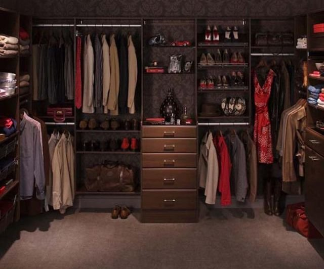 beautiful-walk-in-closet5
