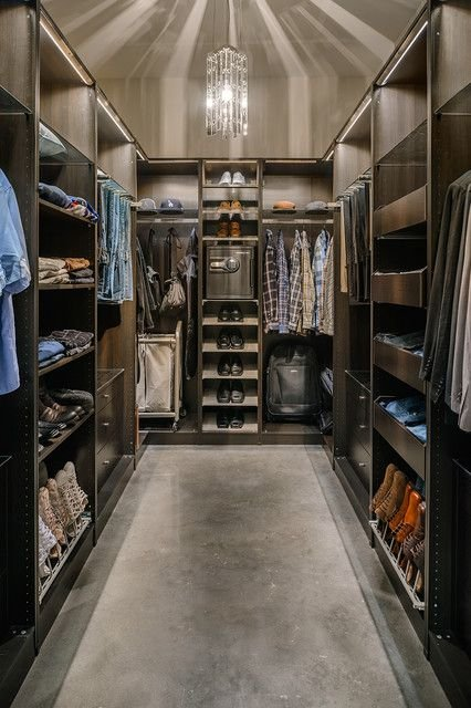 black-walk-in-closet4