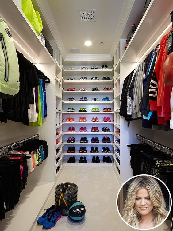 celebrities-walk-in-closet5
