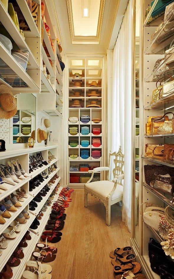 closet-organizing1.jpg