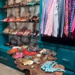 colorful-walk-in-closet1