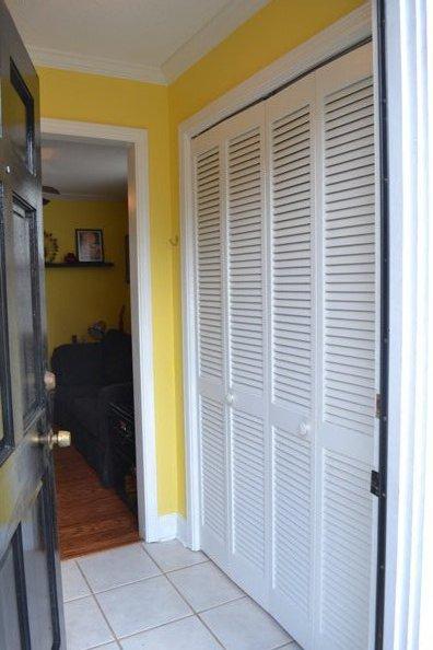 entryway-closet2