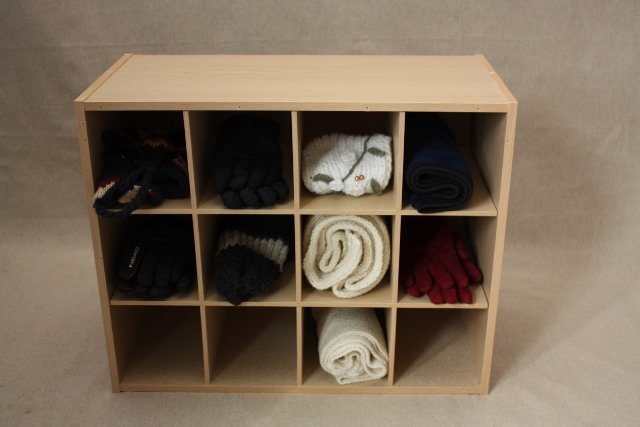 gloves-storage9