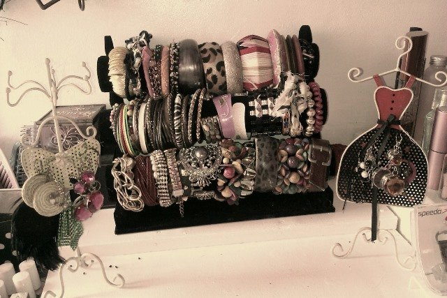 jewelry-display1