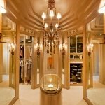 luxurious-walk-in-closet1