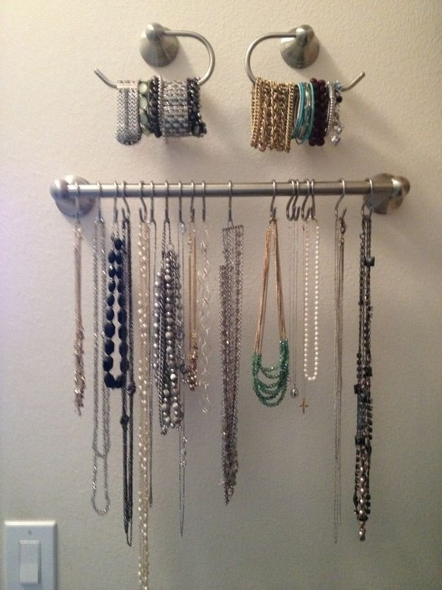 organized-jewelry-accessories3.jpg