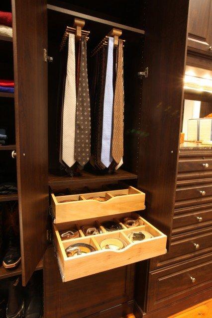 tie-storage3