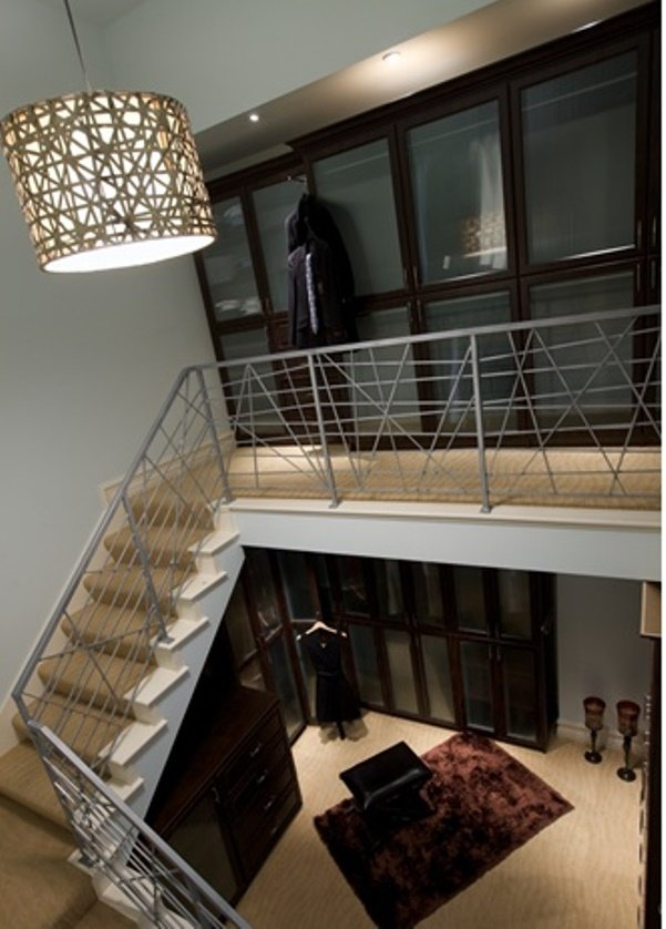 two-storied-walk-in-closet4