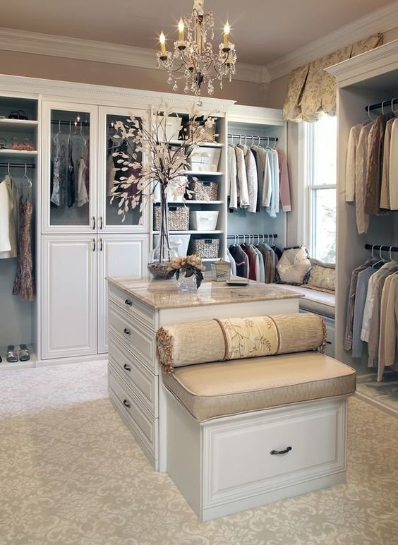 walk-in-closet-linoleum-floor6