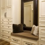 walk-in-closet-mirror-wall5
