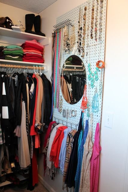 walk-in-closet-mirror-wall6
