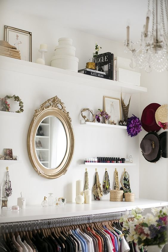walk-in-closet-mirror-wall7