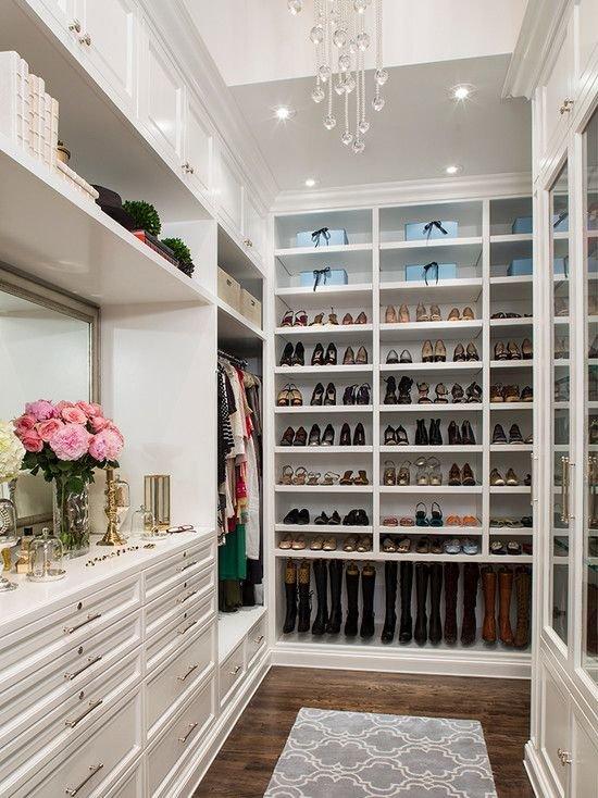 walk-in-closet-shoes8