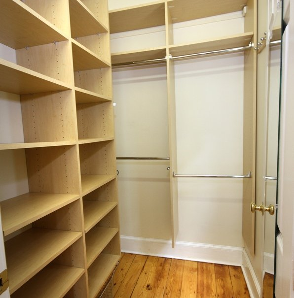 white-closet2