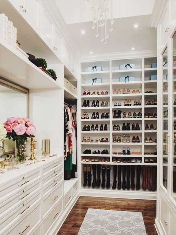 wooden-floor-closet1