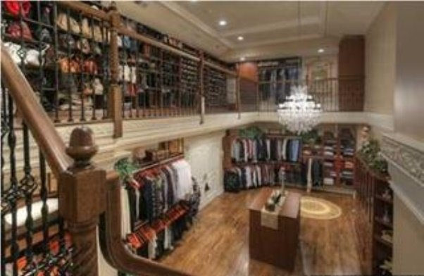 two-storied-walk-in-closet