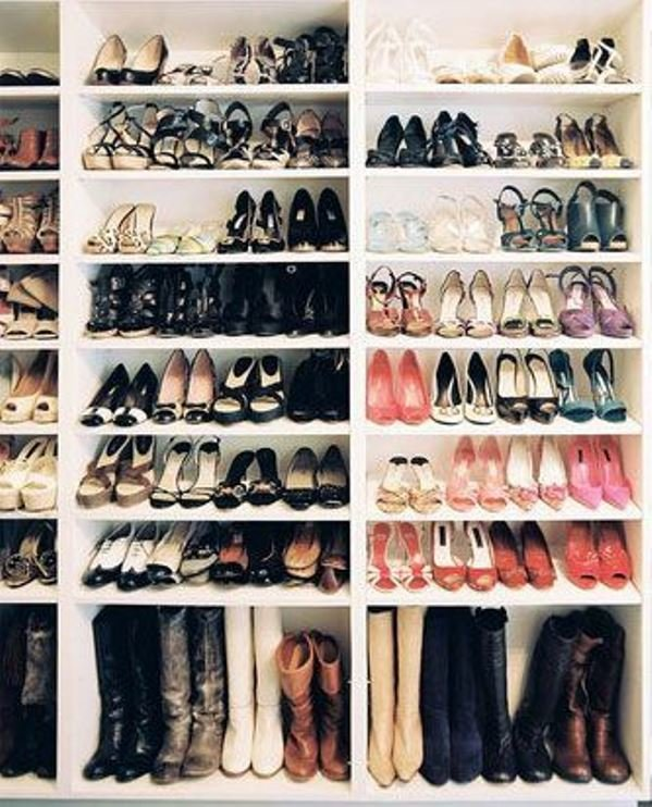 walk-in-closet-shoes2